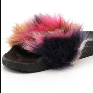 """Steve Maddie fur slides  """"NEW"""" very cute!"""